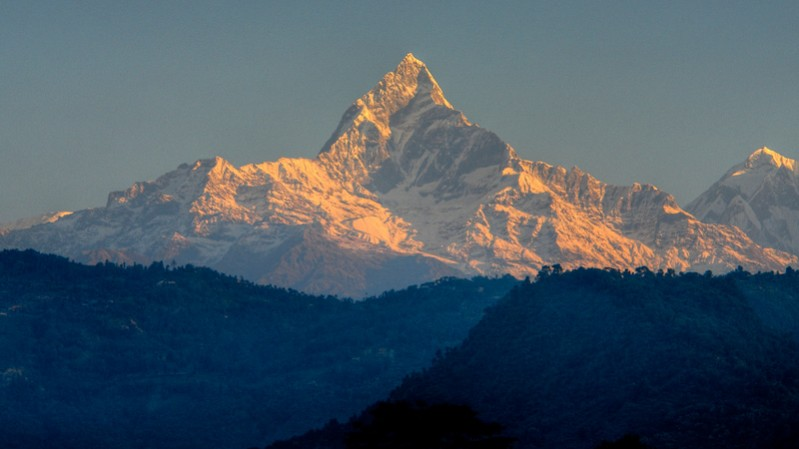 Sunset over the Himalayas. Image Marina Enrique, Flickr