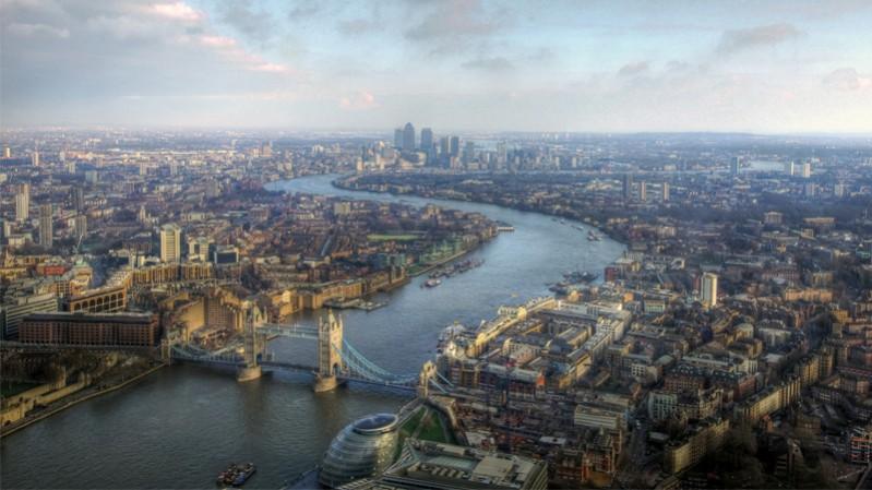 london---mariusz-kluzniak