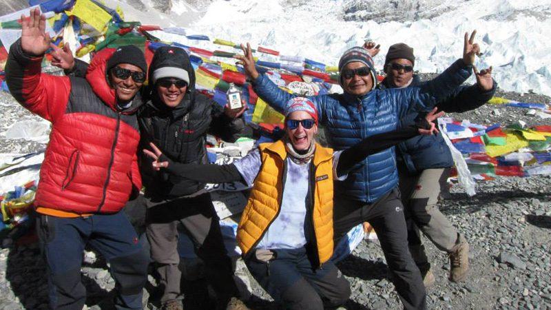 Everest-group-trip---sarah-alexander-2