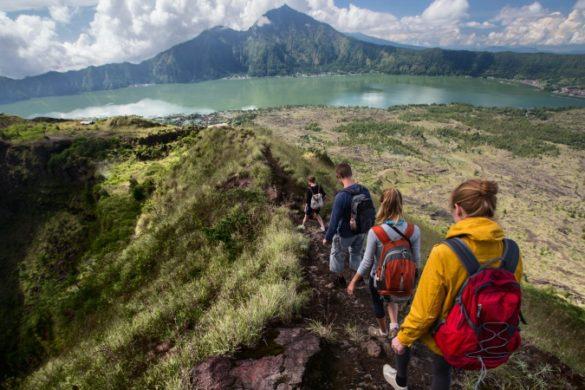 Hiking Mt Batur Indonesia